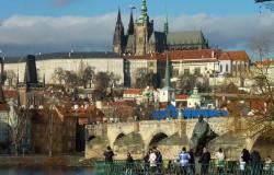 Die Prager Burg(Hradschin) ist eines der Highlights in Prag und gehört zum Pflichtprogramm